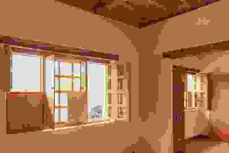 ENSAMBLE de Arquitectura Integral Minimalist living room