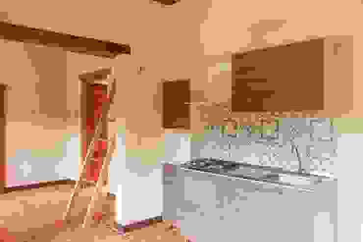 Apartamento de renta 2 Cocinas de estilo minimalista de ENSAMBLE de Arquitectura Integral Minimalista