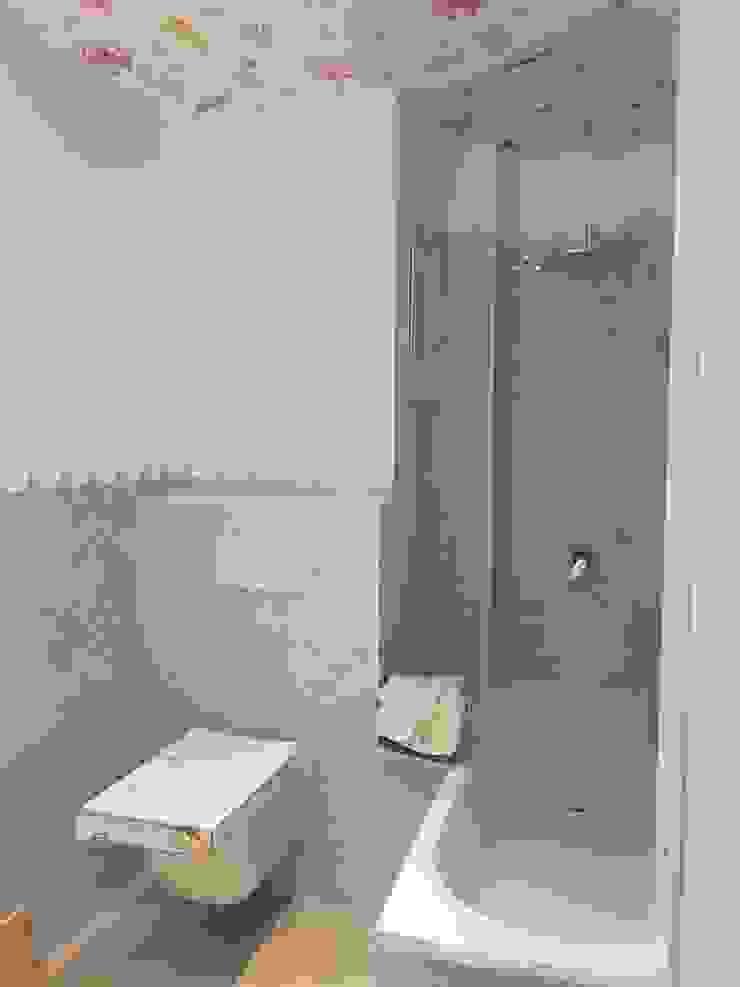 C. de baño para niños a los que les gusta el mar. O. R. Group Baños de estilo moderno