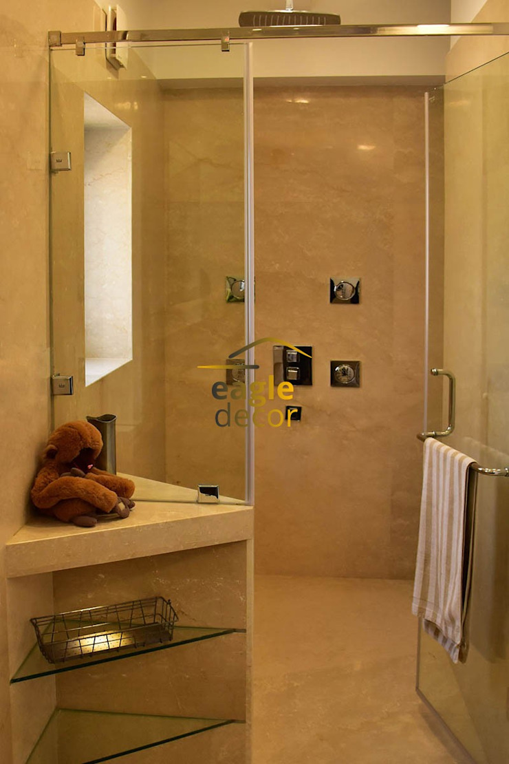 Duplex heritage City, Gurugram Classic style bathroom by Eagle Decor Classic