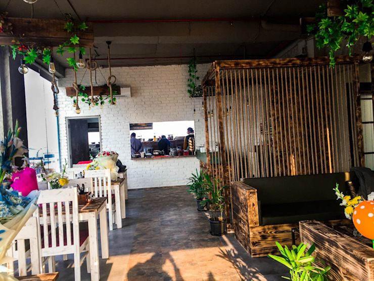 CAFE NOIDA by Eagle Decor Rustic