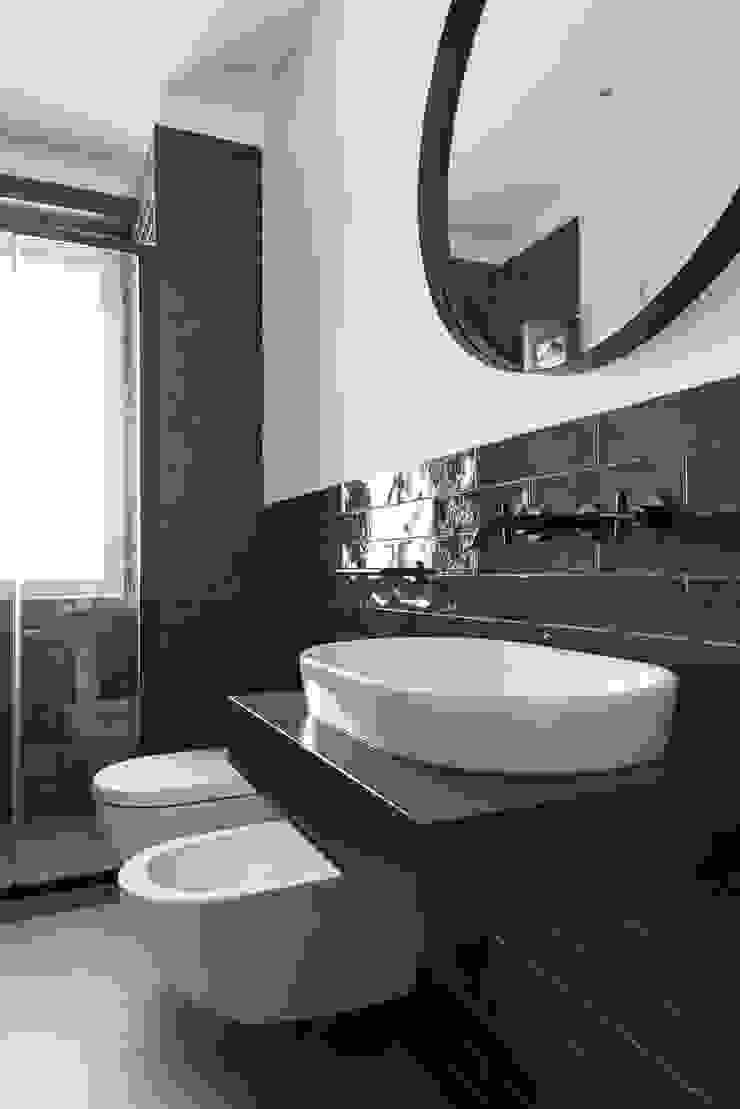 Paolo Fusco Photo ห้องน้ำ เซรามิค Blue