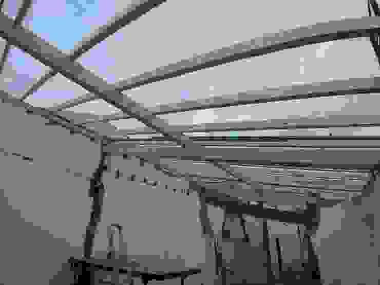 Construção de Novo Telhado por Congrau Engenharia Moderno