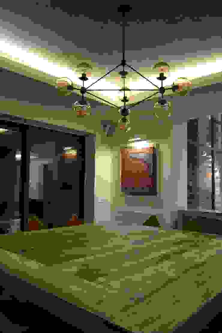 Casa Contadero Garage Interiorismo y Diseño ComedorMesas