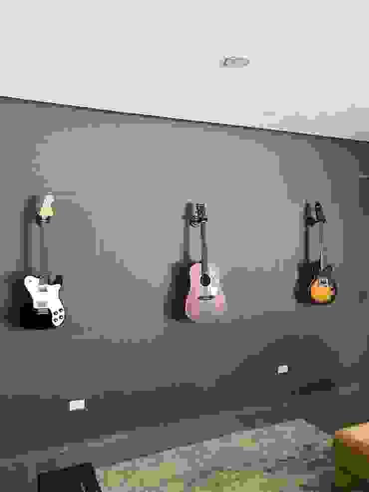 Casa Contadero Garage Interiorismo y Diseño Sala multimediaAccesorios y decoración