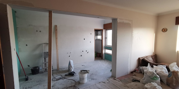 início dos acabamentos, paredes em pladur, estuque, pintura IIP - Reabilitação e Construção