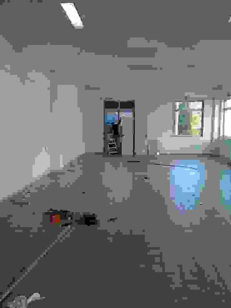 espaço antes da intervenção IIP - Reabilitação e Construção Lojas e Espaços comerciais modernos