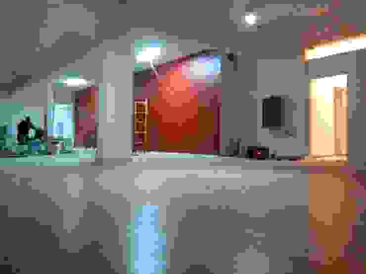 pavimentos em soalho flutuante IIP - Reabilitação e Construção Lojas e Espaços comerciais modernos MDF