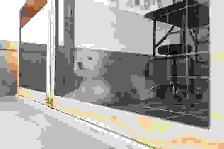 沐遇寵物沙龍 Mu Pet Salon | 寵物等待區 有隅空間規劃所 Commercial Spaces Tiles Wood effect