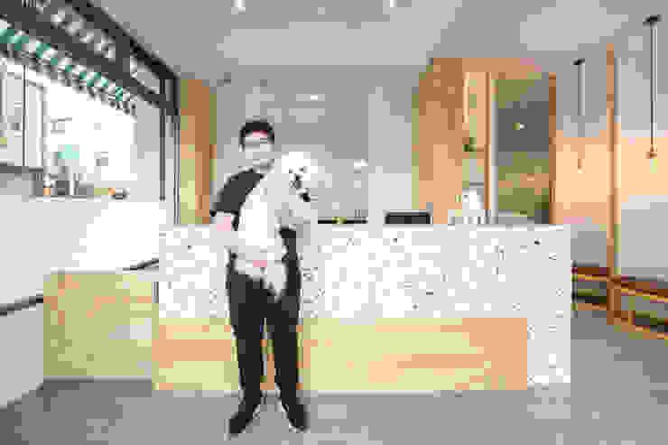 沐遇寵物沙龍 Mu Pet Salon | 再見 有隅空間規劃所 Commercial Spaces Plywood Multicolored