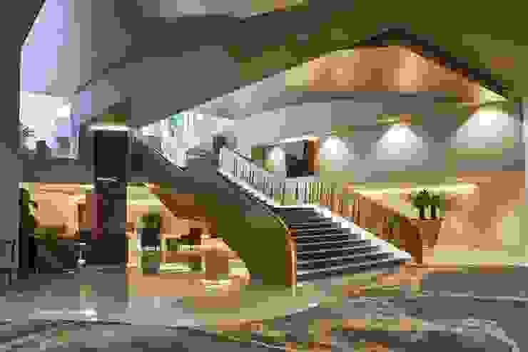 Ferreira de Sá Corridor, hallway & stairsAccessories & decoration
