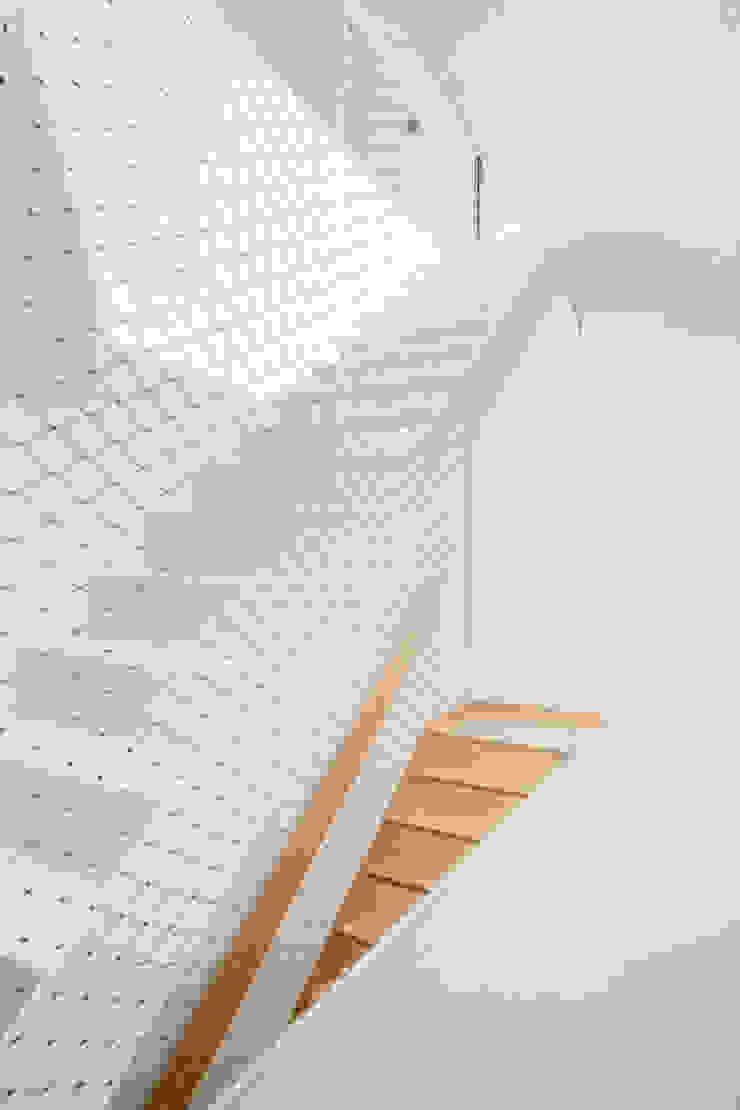 CABRÉ I DÍAZ ARQUITECTES Stairs White