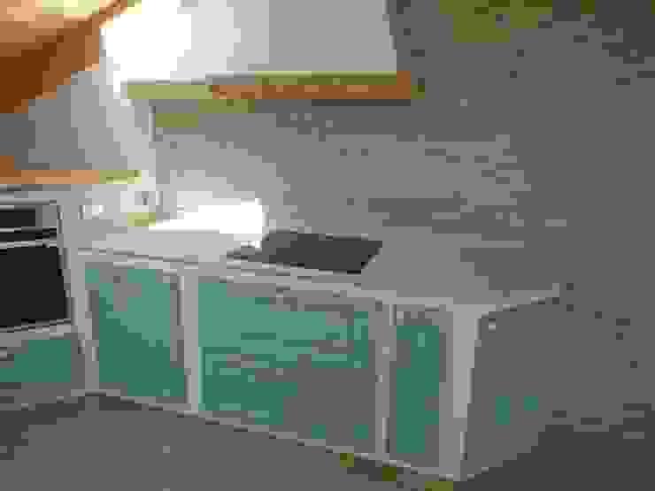 cucina in finta muratura il falegname di Diego Storani CucinaPiani di lavoro