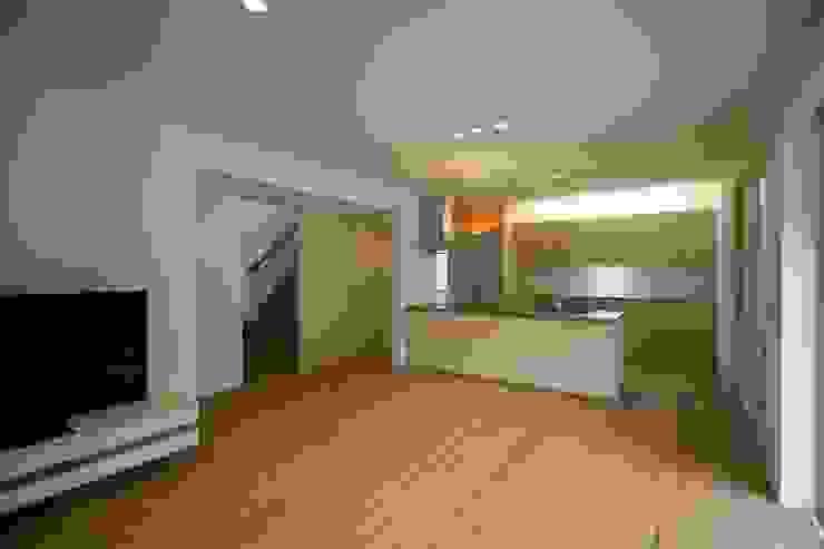 一級建築士事務所 想建築工房 Modern Living Room