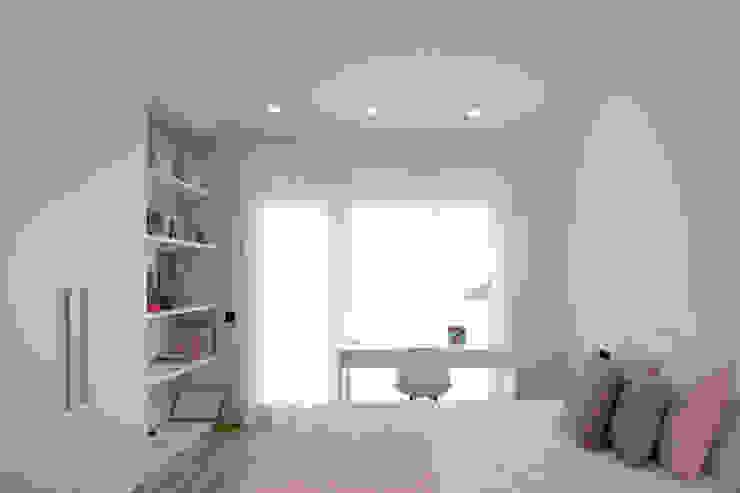 Luminosa habitación juvenil MANUEL GARCÍA ASOCIADOS Habitaciones de niñas Blanco