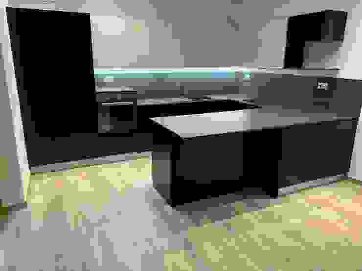 Кухня в стиле модерн от il falegname di Diego Storani Модерн