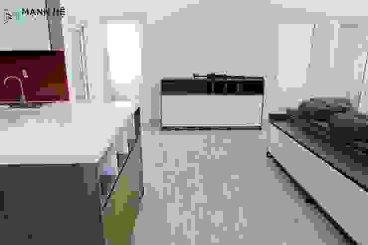 Góc nhìn khác từ căn bếp bởi Công ty TNHH Nội Thất Mạnh Hệ Hiện đại Cao su