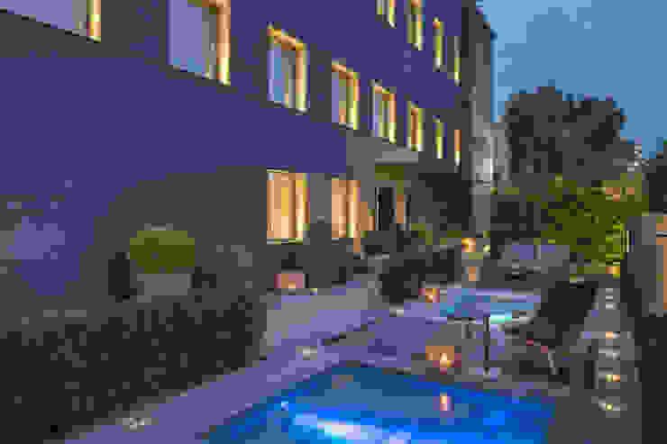 Luciano Caprini Garden Designer Bangunan Kantor Modern