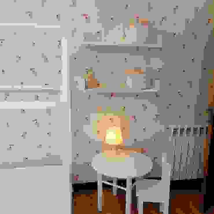 ESPAÇO LÚDICO 7eva design - Arquitectura e Interiores Quartos das meninas Madeira Branco