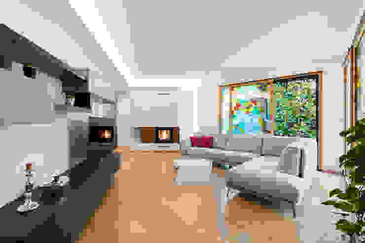 Villa nel Polesine Soggiorno moderno di B+P architetti Moderno