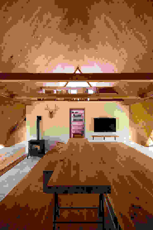 Takeru Shoji Architects.Co.,Ltd Salon scandinave