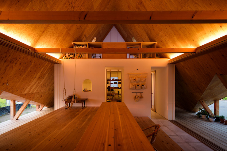 Takeru Shoji Architects.Co.,Ltd Scandinavian style living room