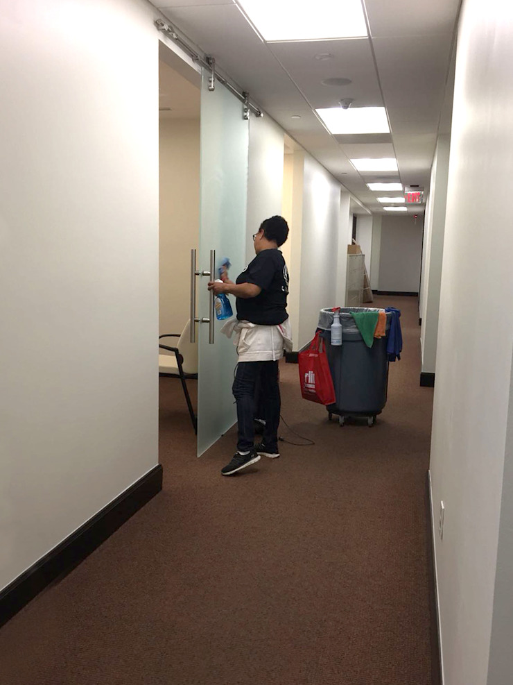 Office Cleaning Modern office buildings by Serviman USA Modern