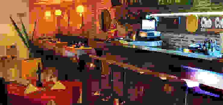 Asesoria en montaje, diseño y contruccion Restaurantes:  de estilo tropical por algo por el estilo, Tropical