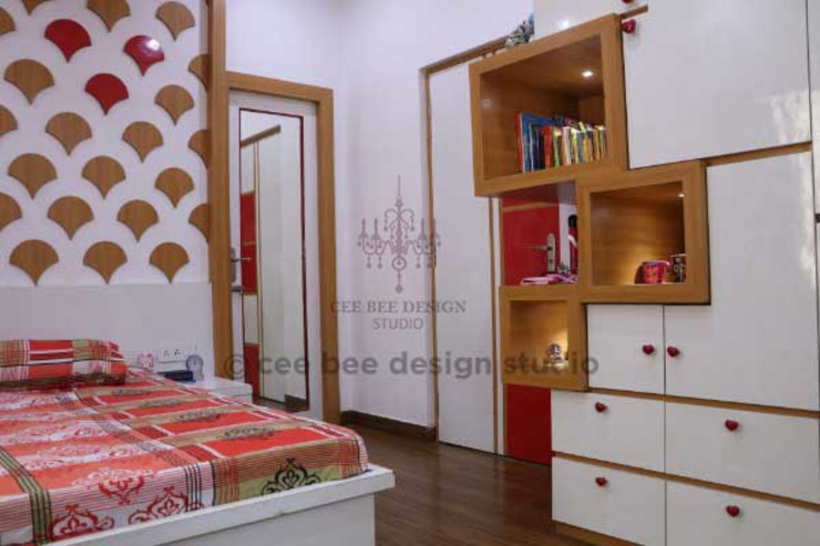 Villa Renovation of Mr Tanmay Banerjee Kolkata: classic  by Cee Bee Design Studio,Classic