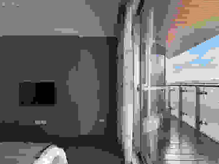 河畔迎景 根據 拾雅客空間設計 現代風 合板