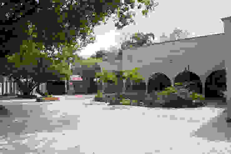 Projeto Comercial | Luzes e Jardins Lojas & Imóveis comerciais clássicos por AJP ARQUITETOS ASSOCIADOS Clássico Vidro