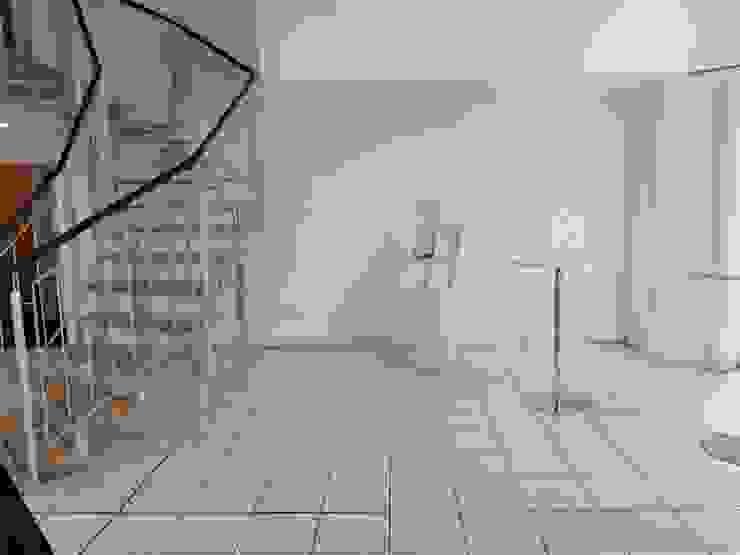 Vorher Cateringbereich - Mehr Hygge bitte! - Räume werden Teil der Unternehmenskultur von Interiordesign - Susane Schreiber-Beckmann gestaltet Räume.
