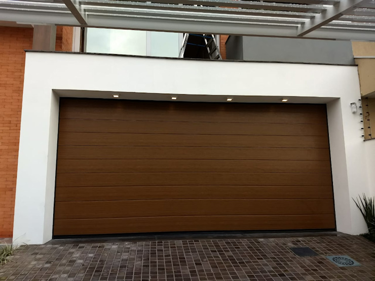 Cattani Portões Garage Doors Iron/Steel Wood effect