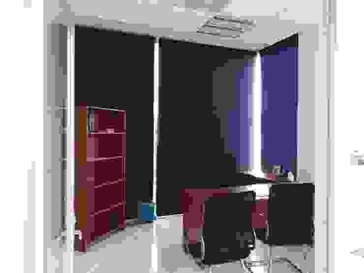 Persiana Enrollabkle en Oficinas de Persianas Jaramillo B CDMX Minimalista Textil Ámbar/Dorado