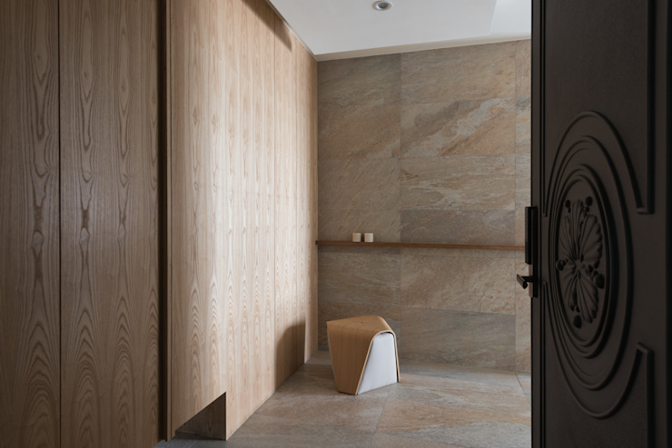 清雅居 現代風玄關、走廊與階梯 根據 拾雅客空間設計 現代風 大理石