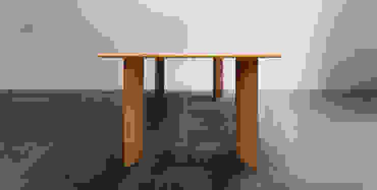 木耳生活藝術-實木桌設計/匯流餐桌: 現代  by 木耳生活藝術, 現代風 實木 Multicolored
