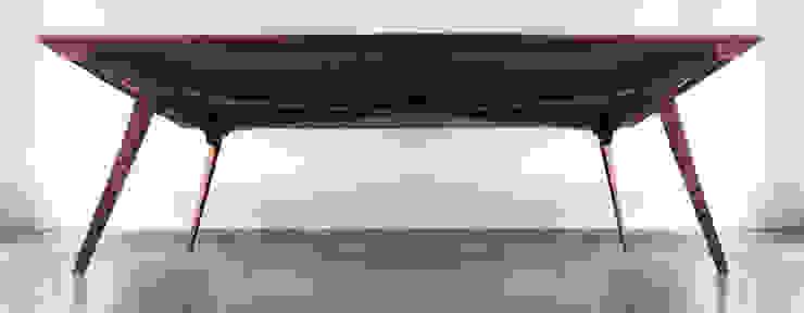 木耳生活藝術-實木桌設計/楔闊餐桌: 現代  by 木耳生活藝術, 現代風 實木 Multicolored