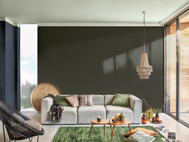 A calm and tranquil living room with the Dulux Colour of the Year 2020 Modern living room by Dulux UK Modern