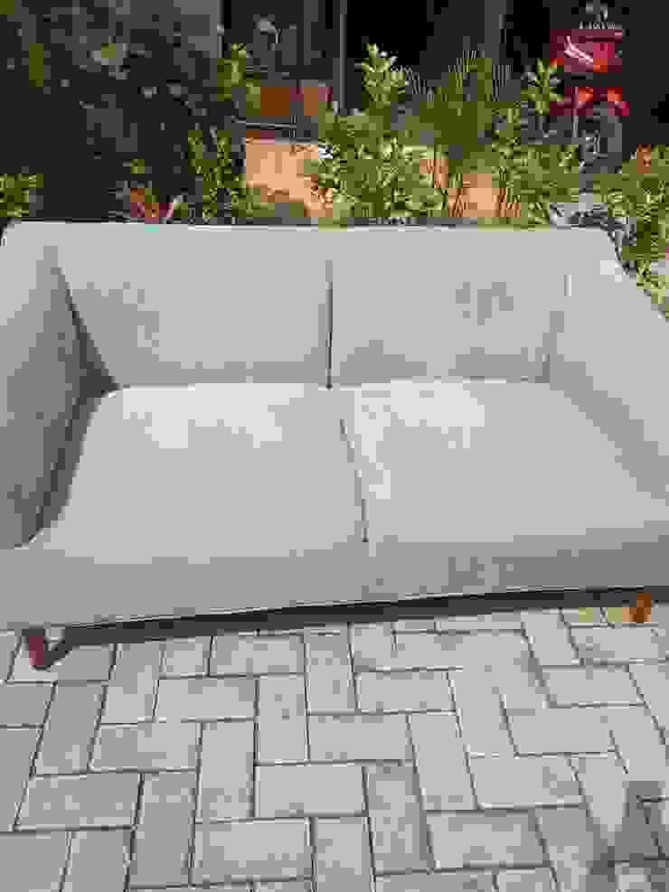 Jasa cuci sofa Oleh BESTARIclean