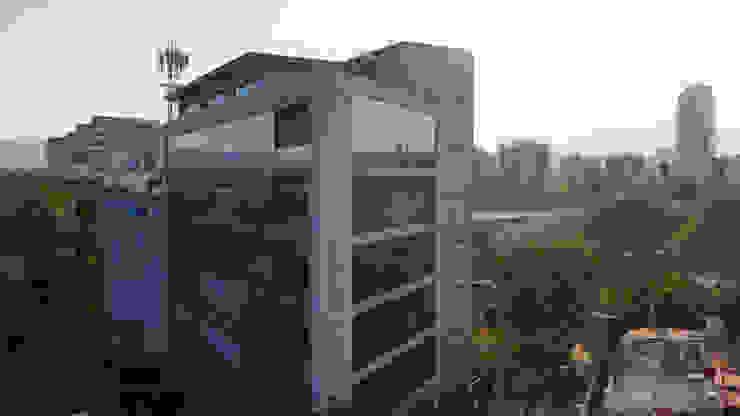 Torre Lev - ARCO Arquitectura Contemporánea Casas modernas de ARCO Arquitectura Contemporánea Moderno