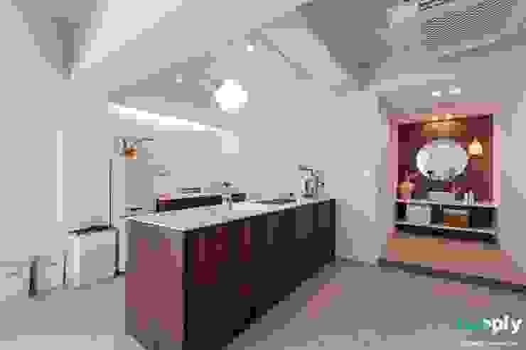 전주인테리어 모던하면서 동양적인 상가주택 인테리어 아시아스타일 주방 by 디자인투플라이 한옥