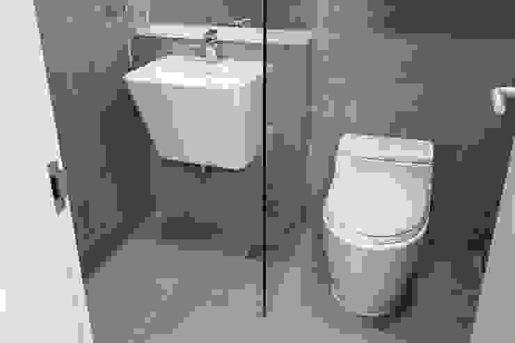 욕실리모델링 모던스타일 욕실 by 디자인모리 모던