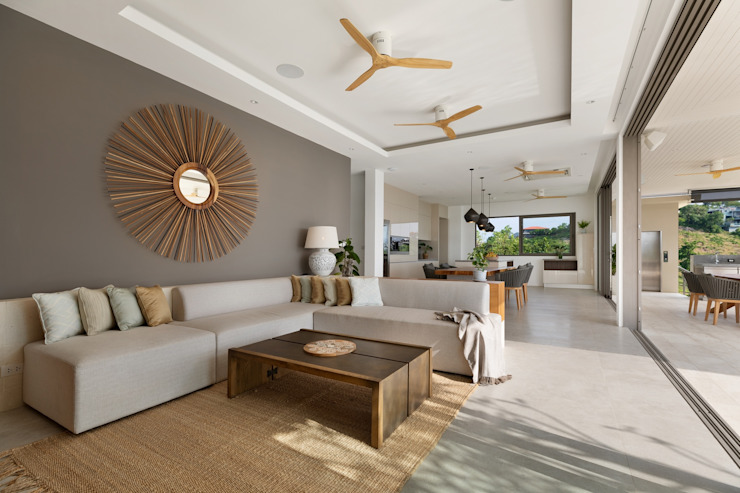 PRIVATE LUXURY RESIDENCE Asian style living room by BAYA Asian