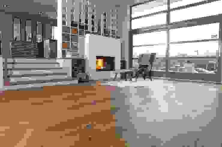 Unsere Ausstellung in Essen-Steele von Parkett Strehl GmbH Landhaus Holz Holznachbildung