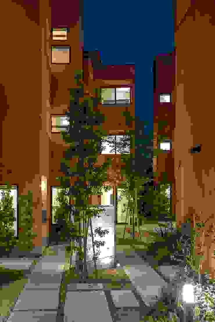 Mediterranean style garden by 向山建築設計事務所 Mediterranean
