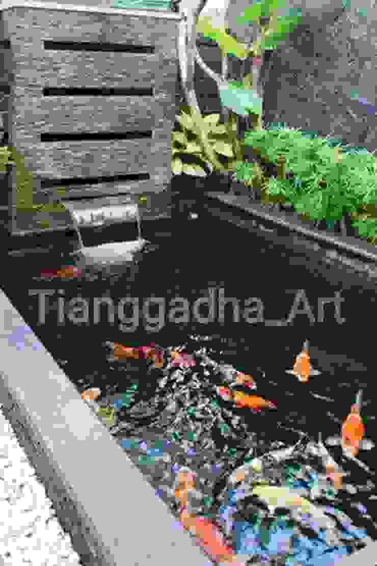 Tukang Kolam Ikan Koi Malang. Oleh Tukang Taman Surabaya - Tianggadha-art Minimalis Beton Bertulang