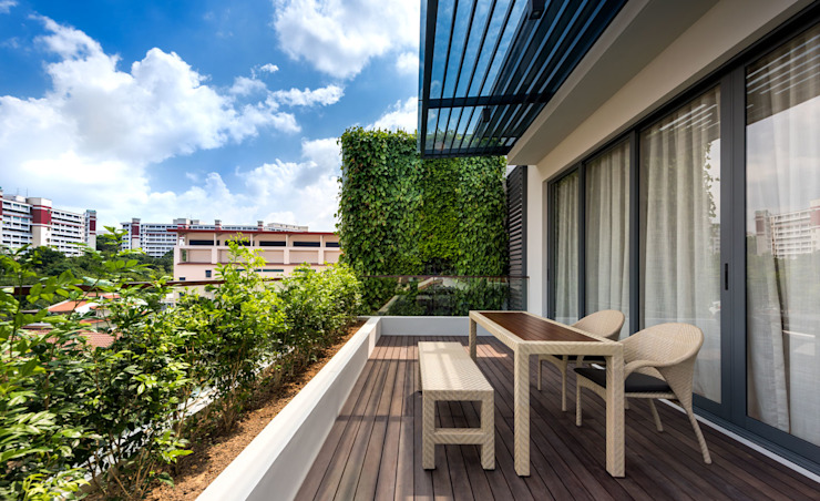Green Wall House -Open Terrace Tropical style balcony, veranda & terrace by ADX Architects Pte Ltd Tropical Wood Wood effect