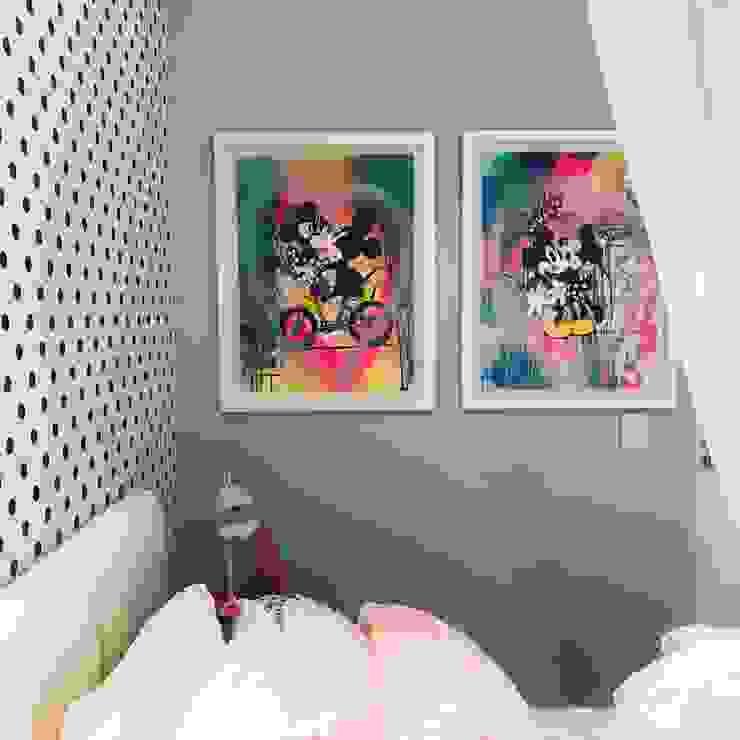 Original art : modern  by MOSS Interiors, Modern