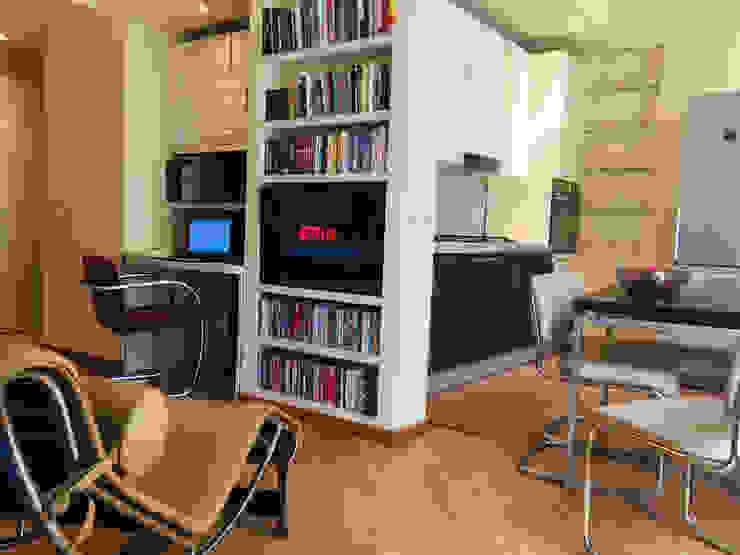 Studio di Architettura, Interni e Design Feng Shui Minimalist Oturma Odası Ahşap Bej