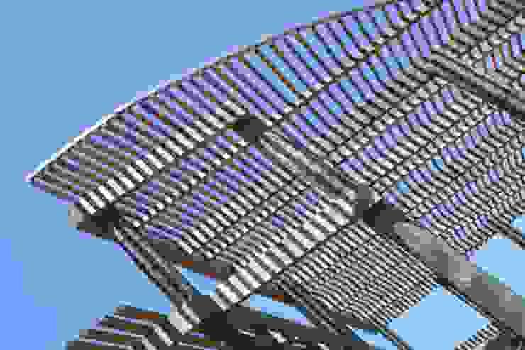 Casa Chauriye, Yunquen, Chile Pasillos, vestíbulos y escaleras de estilo moderno de MONAGHAN DESIGN SAS Moderno Derivados de madera Transparente